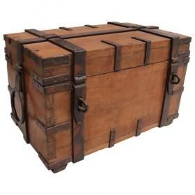 Cofre colonial de madera...