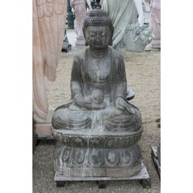 Buda de piedra sentado...